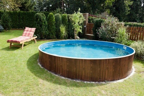 circle shape above the ground pool
