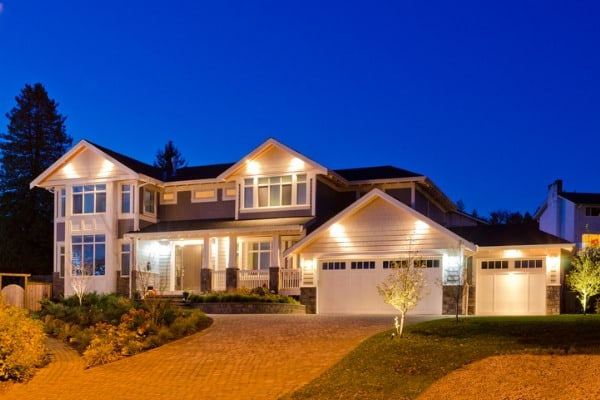 exterior-lights-on-house