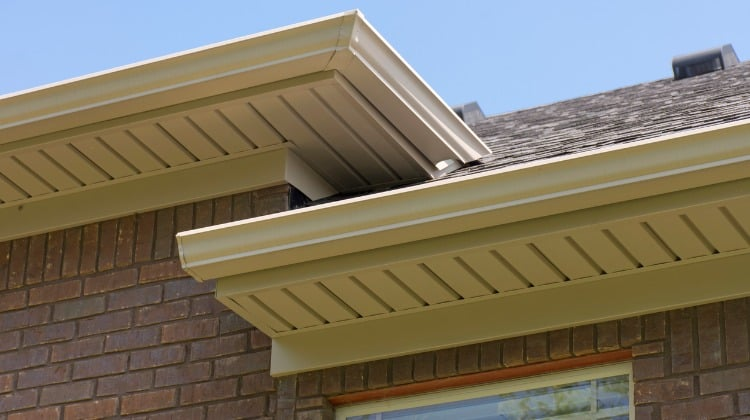 gap on house roof exterior