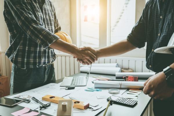 men handshake agreement