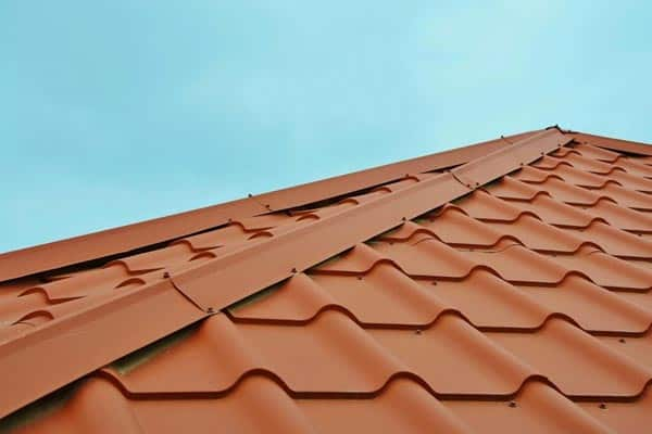 red-shingles-roof