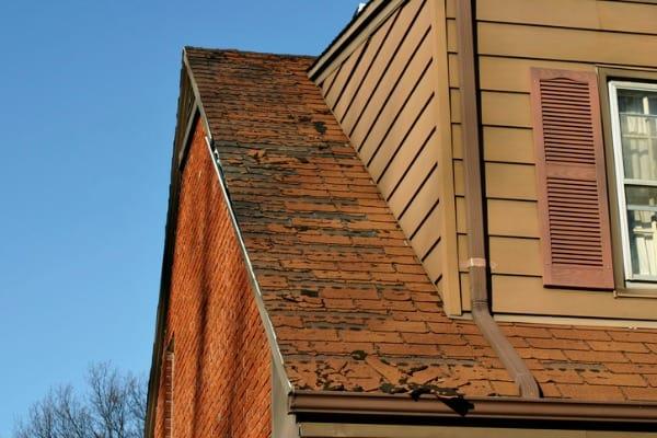 signs-roof-repair