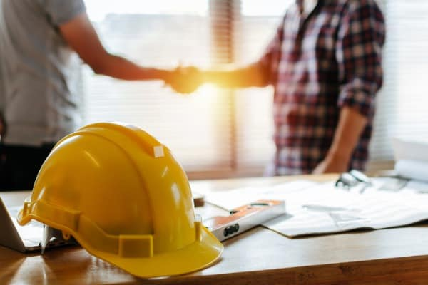 working-with-contractor-mistakes